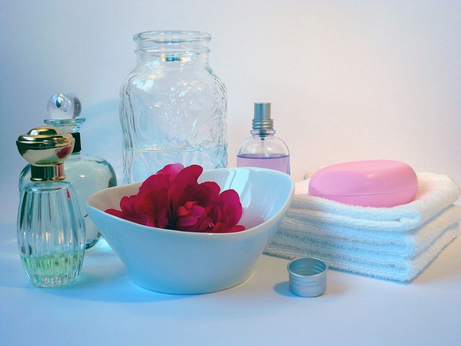 bath-585128_1920