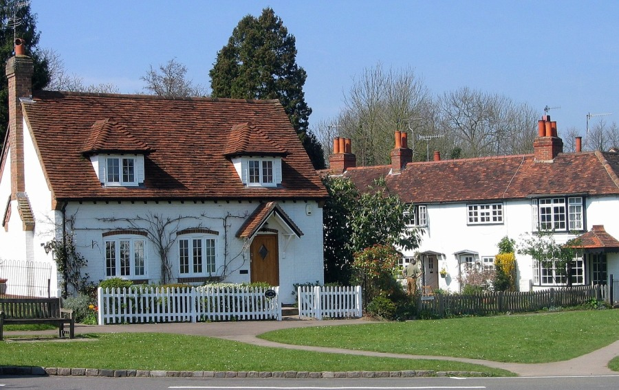 cottage-1234802_1280