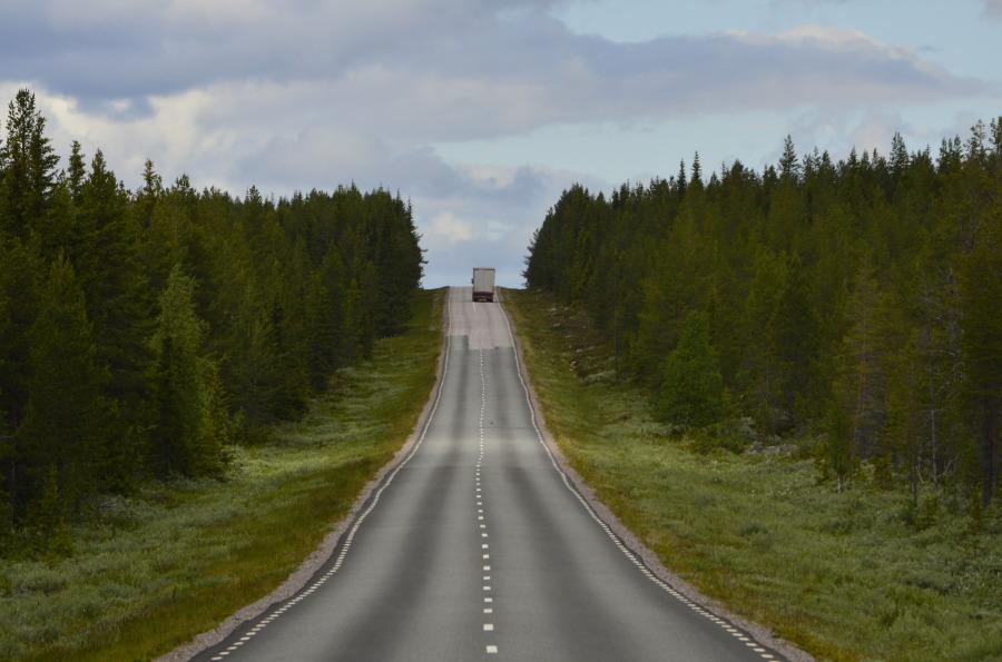 road-366144_1920