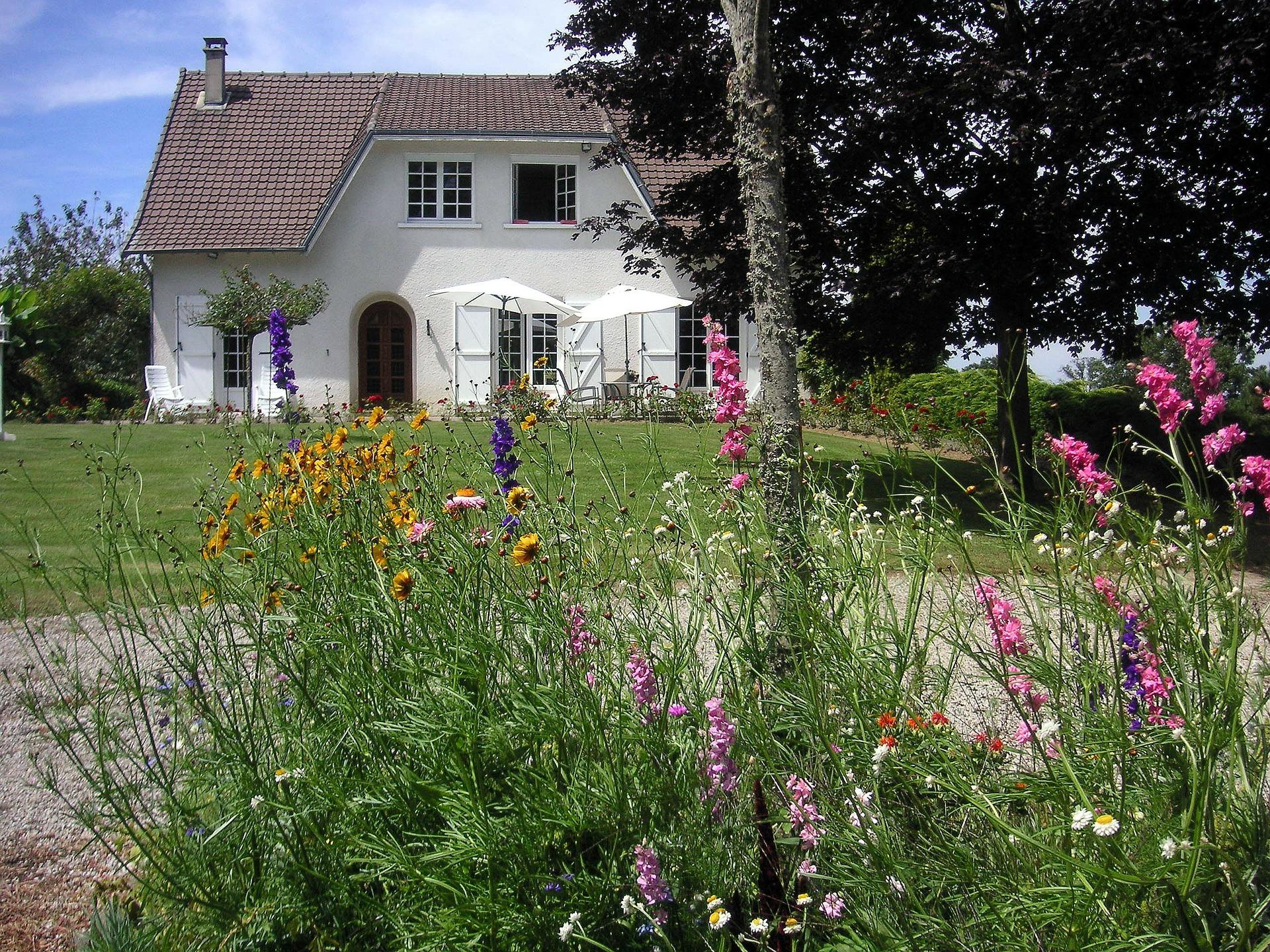 cottage-233016_1920