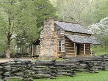 log-cabin-591689_1920